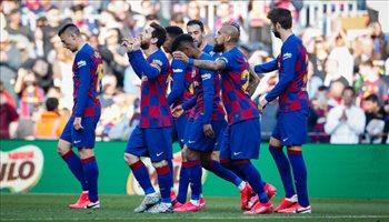 """نجم برشلونة يغادر كاتالونيا نحو مدريد.. """"صفقة نارية"""""""