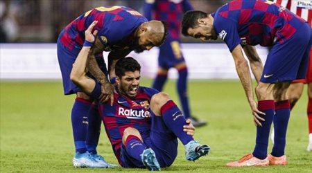 لويس سواريز مهدد باعتزال كرة القدم.. تصريحات نارية من طبيب برشلونة