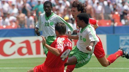 الاتحاد الآسيوي: العويران تفوق على مارادونا في كأس العالم