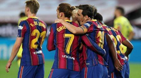 """صفقة غريبة في برشلونة.. تعويض بيكيه بـ""""مدافع يعاني من إصابة خطيرة"""""""