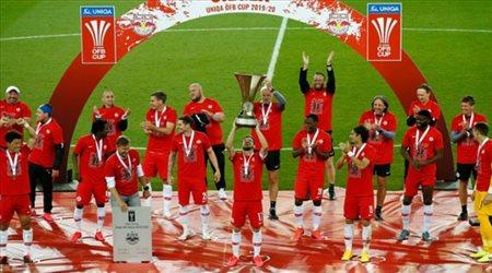 أول فريق يتوج بلقب أوروبي في زمن كورونا