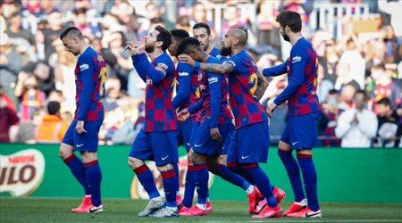 3 لاعبين يواجهون خطر الإيقاف في برشلونة وموقف ميسي
