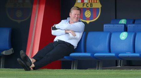 "كومان يصر على ""طرد"" رباعي برشلونة.. قريبا"