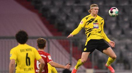 """أهداف هالاند أكثر من مبارياته.. أرقام مرعبة لـ""""نجم دورتموند"""" أمام بايرن ميونيخ"""