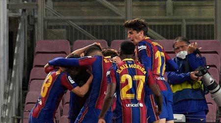 دي يونج: برشلونة يعاني ولكن.. وشعرت بالقلق قبل كلاسيكو ريال مدريد