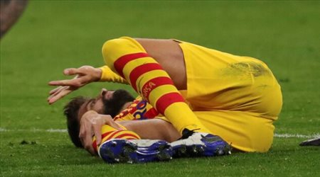 """كارثة مرعبة في برشلونة.. """"إصابة بيكيه ليست عادية"""""""