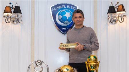 """رسميا  لوشيسكو يرد على النصر.. بـ""""عضوية الهلال الذهبية"""""""
