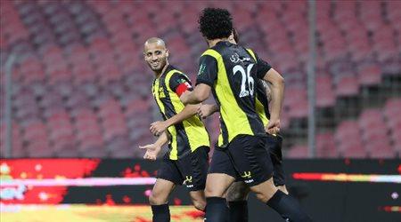 """الاتحاد لـ""""الأحمدي"""": ابق معنا موسما آخر.. واللاعب يرد"""