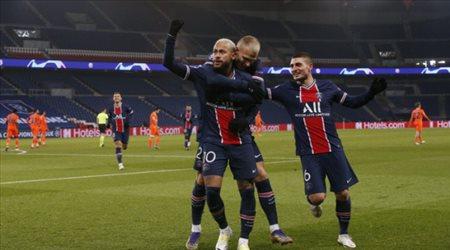 """تتويج باريس سان جيرمان بـ""""دوري أبطال أوروبا"""".. وإلغاء المسابقات القارية"""