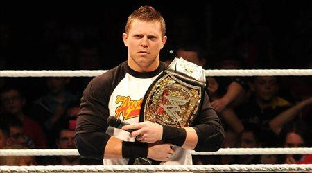 """ذا ميز يكشف أكثر المواقف أحراجا له على حلبات """"WWE"""""""