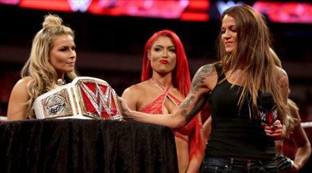 """حسناء """"WWE"""" تعود للجماهير بفيلم رعب جديد"""