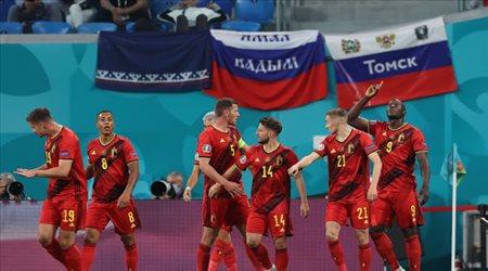 بلجيكا تدك شباك روسيا بثنائية في الشوط الأول وظهور إيركسين في المباراة
