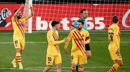برشلونة يتخطى أوساسونا.. ويسبق ريال مدريد في الدوري الإسباني
