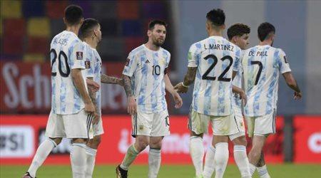 بعد فوز اليوم.. كم نقطة تحتاجها الأرجنتين والبرازيل من أجل التأهل لمونديال 2022؟