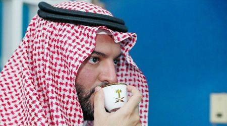 """في عز توهج الهلال.. """"إقالة"""" فهد بن نافل بسبب الاتحاد !"""