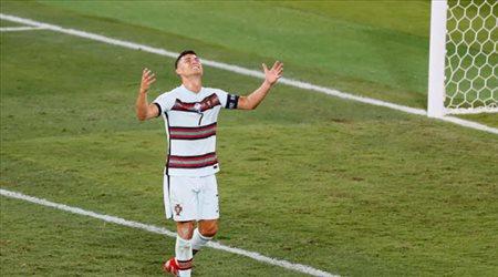 بعد رقمه الجديد.. رونالدو يعلق على مشاركته ضد 46 دولة مع البرتغال