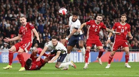 المدافع العملاق ينقذ إنجلترا من خسارة أمام المجر ليتأجل حسم التأهل للمونديال