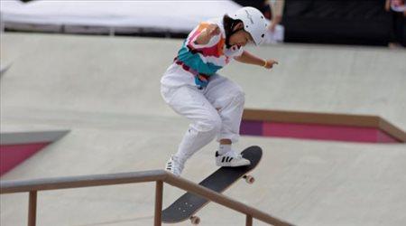 طفلة يابانية تدخل تاريخ الأولمبياد بذهبية الرياضة الأخطر