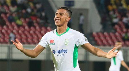 """""""منافس الاتحاد"""".. الرجاء المغربي يتوج بكأس الكونفدرالية الإفريقية"""