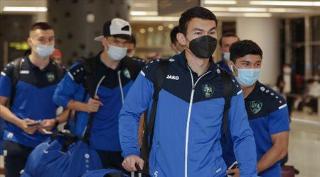 ماشاريبوف في الرياض.. أوزبكستان تصل السعودية من أجل كأس العالم