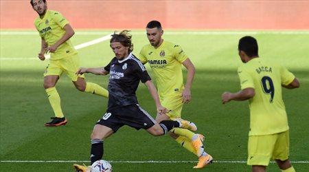 """ميسي اليابان يطالب ريال مدريد بـ""""إنقاذه من جحيم فياريال"""".. كواليس خطيرة"""