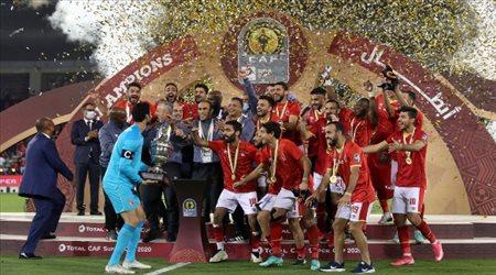 """النصر """"يتفق"""" مع نجم الأهلي المصري.. ليس الشناوي"""