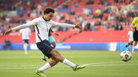 رسميا.. المنتخب الإنجليزي يضم بديل أرنولد في يورو 2020