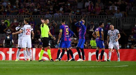 نجم برشلونة يخضع لعملية جراحية ناجحة
