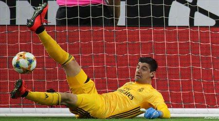 """""""أخطبوط بلجيكا"""".. كورتوا الأفضل في العالم ومنقذ ريال مدريد الحقيقي"""