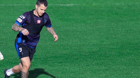 """الهلال في مأزق بسبب طلب جارديم.. """"طرد جيوفينكو من أجل هدف لوشيسكو"""""""
