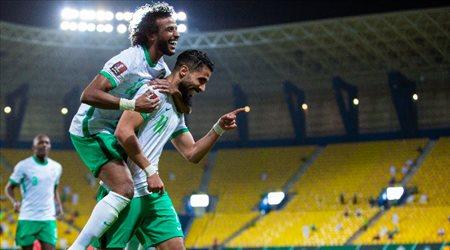 """""""الآسيوي"""" يعلن أفضل لاعب في مباراة السعودية وفلسطين.. """"نجم هلالي رائع"""""""
