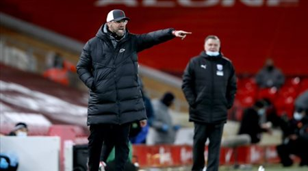 كلوب غاضبا: ليفربول قد لا يتأهل إلى دوري أبطال أوروبا!