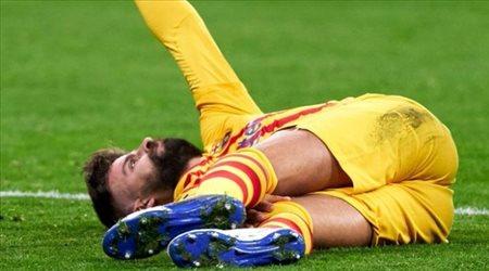 إصابة جديدة لبيكيه تبعده عن برشلونة في صراع الليجا المشتعل